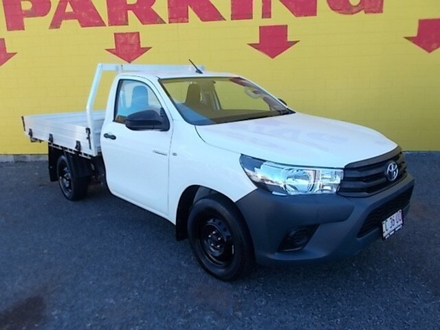 Used Toyota Hilux GUN125R Workmate, 2016 Toyota Hilux GUN125R Workmate White 6 Speed Manual Cab Chassis