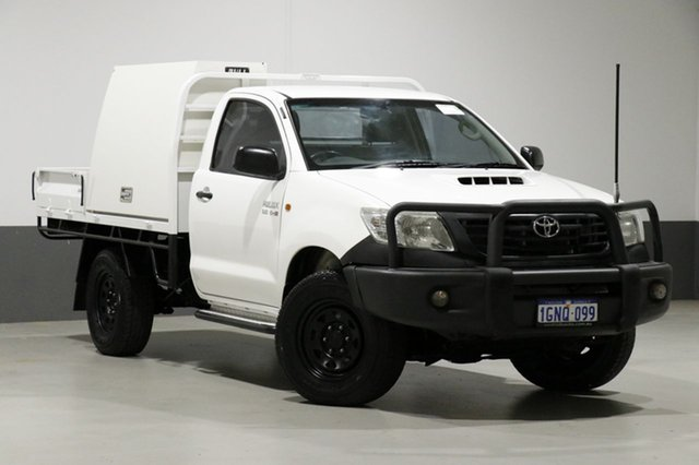 Used Toyota Hilux KUN26R MY12 Workmate (4x4), 2012 Toyota Hilux KUN26R MY12 Workmate (4x4) White 5 Speed Manual Cab Chassis