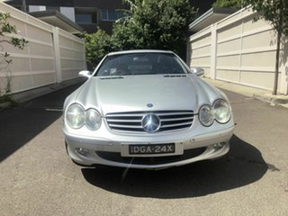 2002 Mercedes-Benz SL-Class R230 SL500 Silver 5 Speed Sports Automatic Roadster.