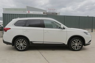 2016 Mitsubishi Outlander ZK MY16 LS 2WD White 5 Speed Manual Wagon
