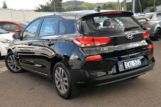 2017 Hyundai i30 PD MY18 Active Phantom Black 6 Speed Sports Automatic Hatchback.
