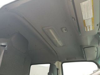 2011 Isuzu FSS 550 FH White Dual Cab 5.2l 4WD