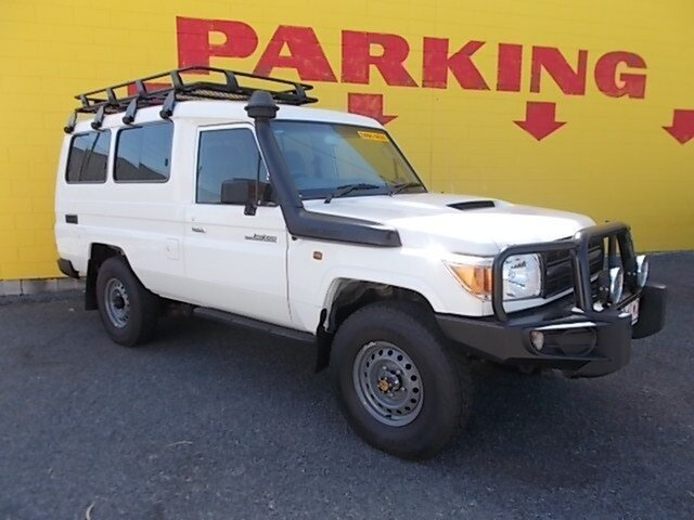 Used Toyota Landcruiser VDJ78R Workmate Troopcarrier, 2014 Toyota Landcruiser VDJ78R Workmate Troopcarrier White 5 Speed Manual Wagon