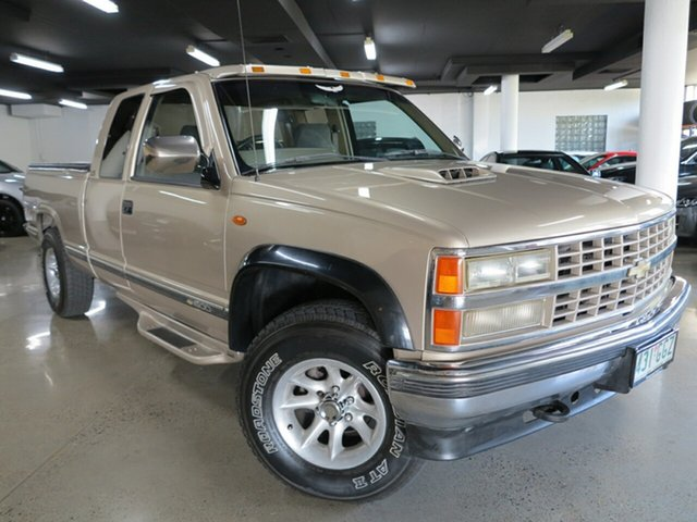 Used Chevrolet   , 1992 Chevrolet Silverado C1500 Gold 4 Speed Automatic Geartronic Utility
