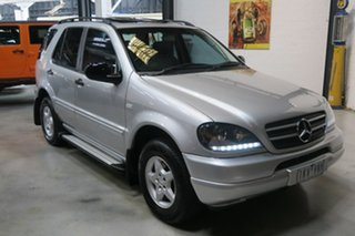 2000 Mercedes-Benz ML320 W163 MY2000 Luxury Silver 5 Speed Sports Automatic Wagon.