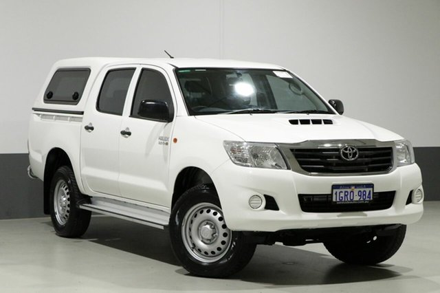 Used Toyota Hilux KUN26R MY14 SR (4x4), 2014 Toyota Hilux KUN26R MY14 SR (4x4) White 5 Speed Manual Dual Cab Pick-up