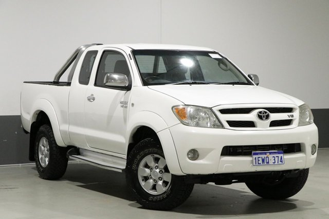 Used Toyota Hilux GGN25R 07 Upgrade SR5 (4x4), 2007 Toyota Hilux GGN25R 07 Upgrade SR5 (4x4) White 5 Speed Manual X Cab Pickup