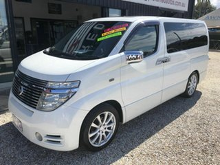 2004 Nissan Elgrand E51 Highway Star White 5 Speed Automatic Van.