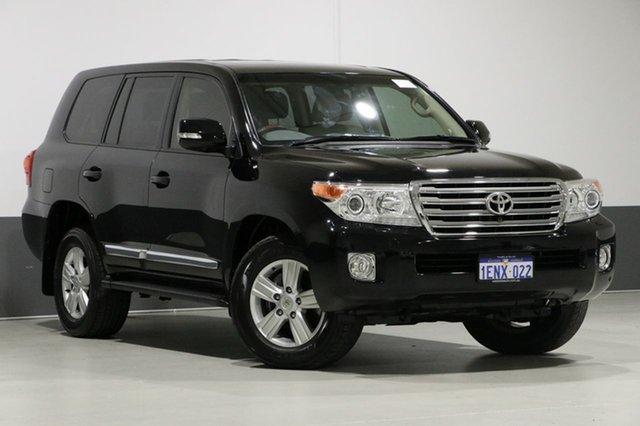 Used Toyota Landcruiser VDJ200R MY13 Sahara (4x4), 2014 Toyota Landcruiser VDJ200R MY13 Sahara (4x4) Black 6 Speed Automatic Wagon