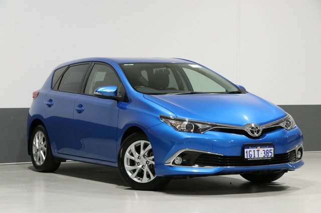 Used Toyota Corolla ZRE182R MY15 Ascent Sport, 2017 Toyota Corolla ZRE182R MY15 Ascent Sport Blue 7 Speed CVT Auto Sequential Hatchback