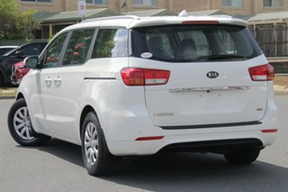 2016 Kia Carnival YP MY16 S White 6 Speed Sports Automatic Wagon.