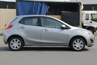 2013 Mazda 2 DE10Y2 MY13 Neo Aluminium 5 Speed Manual Hatchback.