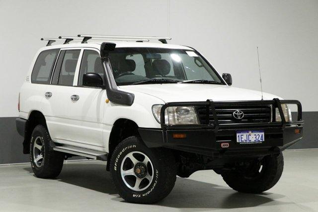 Used Toyota Landcruiser HZJ105R (4x4), 2004 Toyota Landcruiser HZJ105R (4x4) White 5 Speed Manual 4x4 Wagon