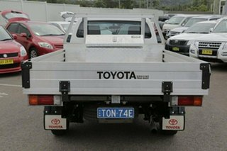 2014 Toyota Hilux KUN16R Workmate White 5 Speed Manual Cab Chassis