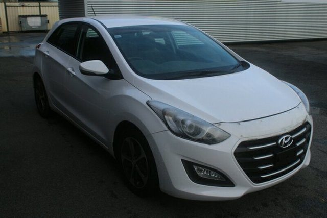 Used Hyundai i30 GD4 Series II MY17 Active X, 2016 Hyundai i30 GD4 Series II MY17 Active X White 6 Speed Manual Hatchback