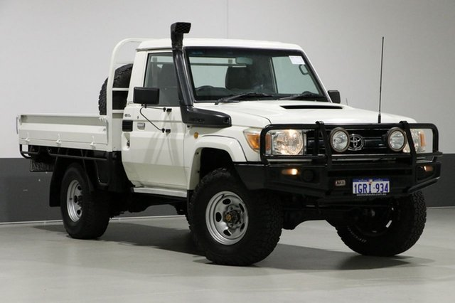 Used Toyota Landcruiser VDJ79R 09 Upgrade GXL (4x4), 2011 Toyota Landcruiser VDJ79R 09 Upgrade GXL (4x4) White 5 Speed Manual Cab Chassis