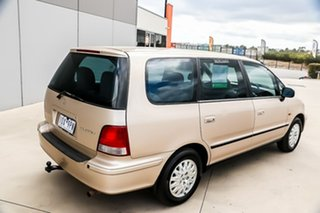 1999 Honda Odyssey 1st Gen Naples Gold 4 Speed Automatic Wagon