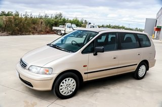 1999 Honda Odyssey 1st Gen Naples Gold 4 Speed Automatic Wagon.
