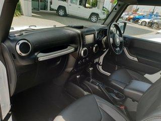 2018 Jeep Wrangler JK MY18 Overland White 5 Speed Automatic Hardtop
