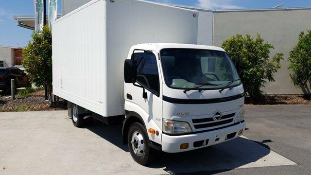 Used Hino 300  816, 2009 Hino 300 300 816 816 White Pantech 4.0l RWD