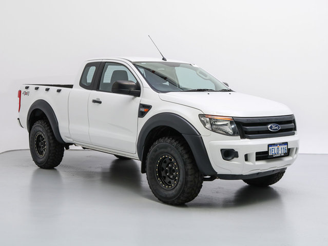 Used Ford Ranger PX XL 3.2 (4x4), 2013 Ford Ranger PX XL 3.2 (4x4) White 6 Speed Manual Super Cab Utility