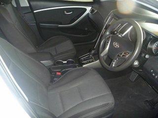 2014 Hyundai i30 GD2 Active White 6 Speed Sports Automatic Hatchback.