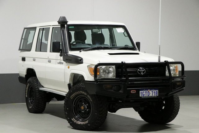 Used Toyota Landcruiser VDJ76R 09 Upgrade Workmate (4x4), 2011 Toyota Landcruiser VDJ76R 09 Upgrade Workmate (4x4) White 5 Speed Manual Wagon