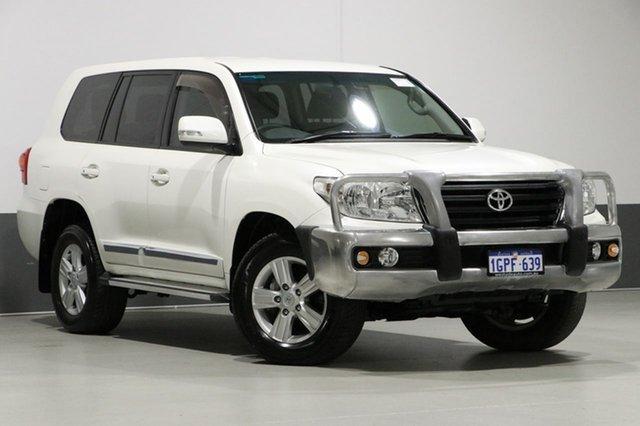 Used Toyota Landcruiser VDJ200R MY12 Altitude (4x4), 2013 Toyota Landcruiser VDJ200R MY12 Altitude (4x4) White 6 Speed Automatic Wagon