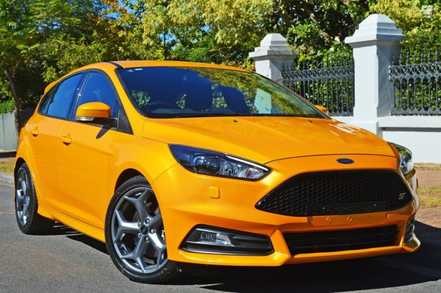 Used Ford Focus LZ ST, 2017 Ford Focus LZ ST Yellow 6 Speed Manual Hatchback
