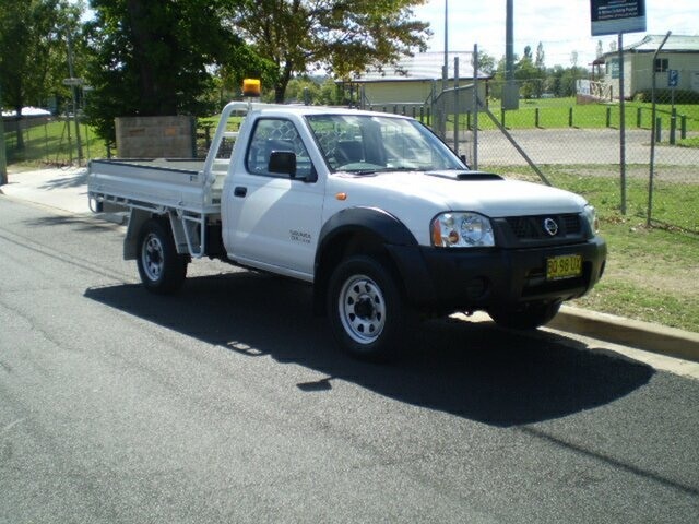 Used Nissan Navara D22 S5 DX, 2013 Nissan Navara D22 S5 DX Polar White 5 Speed Manual Cab Chassis