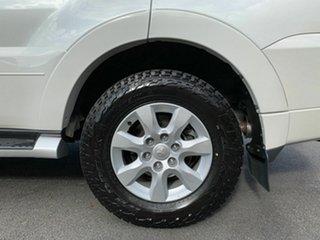 2011 Mitsubishi Pajero NT Platinum White 5 Speed Automatic Wagon