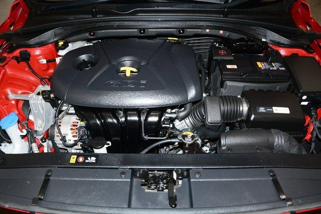 Used Hyundai i30 PD MY18 Go, 2018 Hyundai i30 PD MY18 Go Red 6 Speed Sports Automatic Hatchback