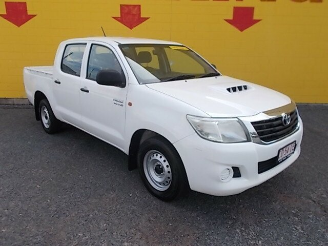 Used Toyota Hilux KUN16R MY12 SR Double Cab 4x2, 2012 Toyota Hilux KUN16R MY12 SR Double Cab 4x2 White 5 Speed Manual Utility
