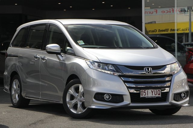 Demo Honda Odyssey RC MY19 VTi, 2018 Honda Odyssey RC MY19 VTi Super Platinum 7 Speed Constant Variable Wagon