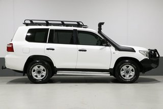 2011 Toyota Landcruiser VDJ200R GX (4x4) White 6 Speed Automatic Wagon