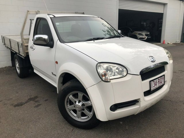 Used Great Wall V240 K2 Super Luxury 4x2, 2010 Great Wall V240 K2 Super Luxury 4x2 White 5 Speed Manual Utility