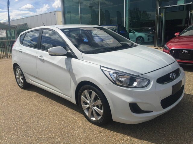 Used Hyundai Accent RB6 MY18 Sport, 2017 Hyundai Accent RB6 MY18 Sport White 6 Speed Sports Automatic Hatchback