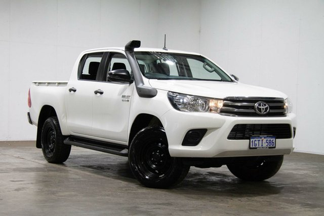 Used Toyota Hilux GUN126R SR Double Cab, 2018 Toyota Hilux GUN126R SR Double Cab White 6 Speed Sports Automatic Cab Chassis