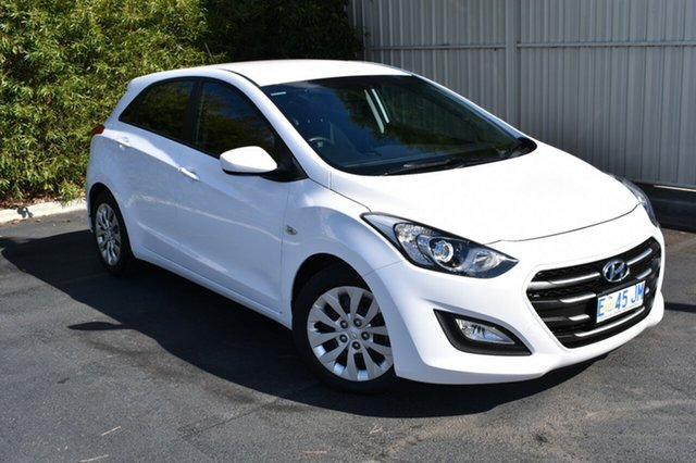 Used Hyundai i30 GD4 Series II MY16 Active, 2015 Hyundai i30 GD4 Series II MY16 Active Creamy White 6 Speed Sports Automatic Hatchback