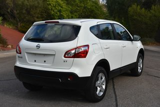 2012 Nissan Dualis J10 Series II MY2010 ST Hatch White 6 Speed Manual Hatchback