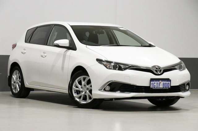 Used Toyota Corolla ZRE182R MY15 Ascent Sport, 2017 Toyota Corolla ZRE182R MY15 Ascent Sport White 7 Speed CVT Auto Sequential Hatchback