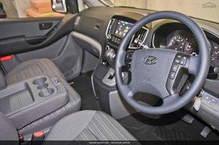 2019 Hyundai iLOAD TQ4 MY20 Crew Cab Creamy White 5 Speed Automatic Van.