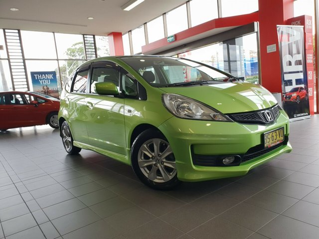 Used Honda Jazz GE MY12 VTi, 2012 Honda Jazz GE MY12 VTi Green 5 Speed Automatic Hatchback