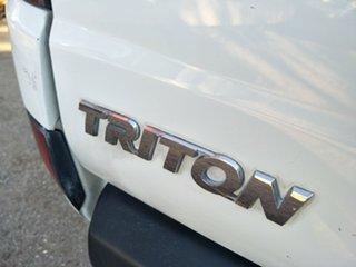 2011 Mitsubishi Triton MN MY11 GL-R Double Cab 4x2 White 5 Speed Manual Utility