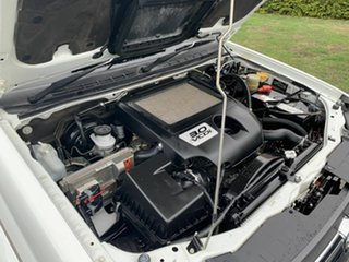 2010 Holden Colorado RC White 5 Speed Manual Dual Cab
