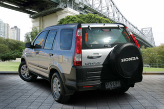 2006 Honda CR-V RD MY2006 4WD Silver 5 Speed Automatic Wagon.