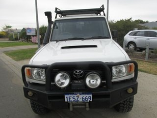 2007 Toyota Landcruiser VDJ76R Workmate White 5 Speed Manual Wagon.