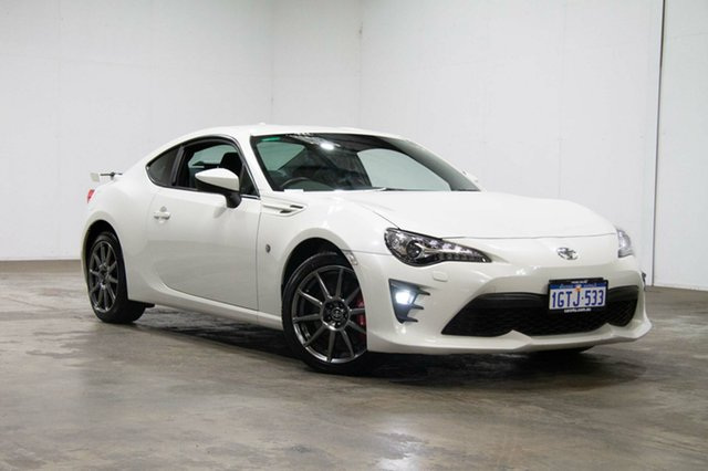 Used Toyota 86 ZN6 GTS Dynamic Pack + Moon Slate, 2017 Toyota 86 ZN6 GTS Dynamic Pack + Moon Slate White 6 Speed Manual Coupe