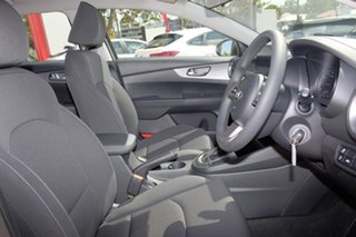 2019 Kia Cerato BD MY20 S Clear White 6 Speed Sports Automatic Hatchback
