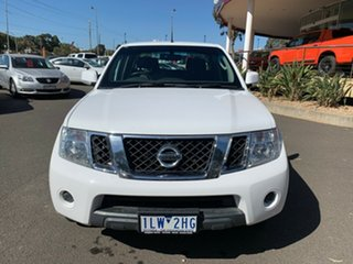 2014 Nissan Navara D40 S7 ST 4x2 White 5 Speed Sports Automatic Utility